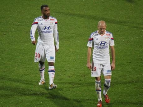 Alexandre Lacazette a manqué un penalty - LyonMag