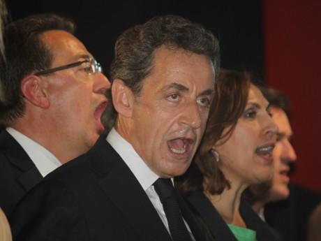 Nicolas Sarkozy lors de son dernier meeting à Rillieux, entouré de Philippe Cochet et de Nora Berra - LyonMag