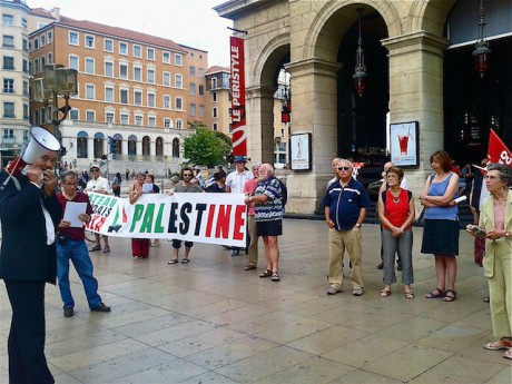 La dernière manifestation de soutien pour la flotille, le 4 juillet, devant l'opéra de Lyon - Photo LyonMag