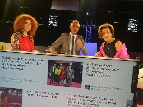 Isabelle Rueff et Aïcha Mouhaddab de l'ARRA réagissent aux propositions de solutions formulées par les participants à la Fabrique de la proximité - LyonMag