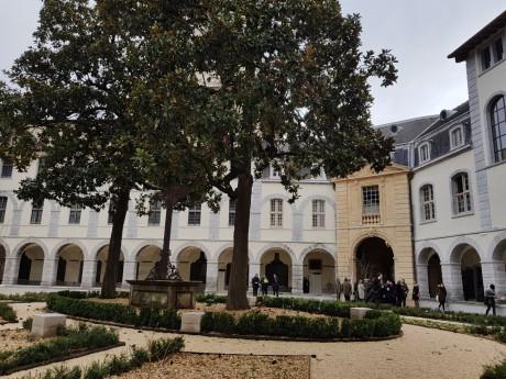 L'une des cours du Grand-Hôtel-Dieu bientôt ouvertes au public - LyonMag