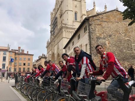 Les supporters madrilènes en ville - LyonMag