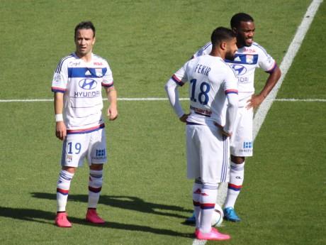 Nabil Fekir, ici avec Mathieu Valbuena et Alexandre Lacazette - LyonMag