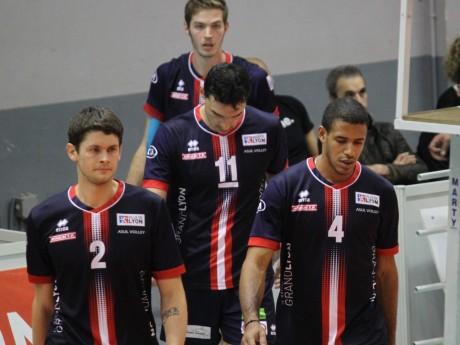 Joueurs de l'ASUL Lyon Volley Club en 2015 - LyonMag
