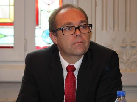 Xavier Odo, maire de Grigny - Lyonmag