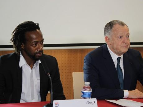 Sidney Govou et Jean-Michel Aulas - LyonMag