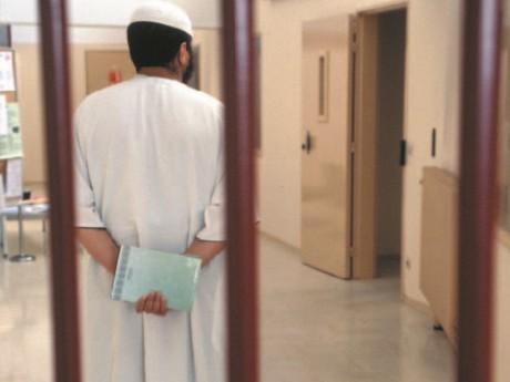 Un imam dans une prison lyonnaise - LyonMag