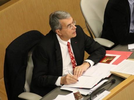 Jean-Jack Queyranne a du mal à faire l'unanimité au sein du groupe socialiste - LyonMag