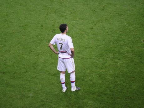 Clément Grenier a montré des signes d'agacement lors de son remplacement face à Bordeaux - LyonMag