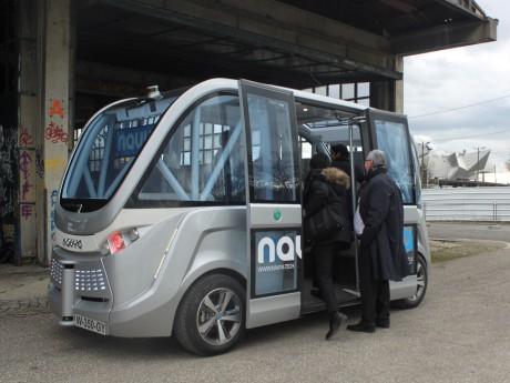 Un Navya Arma peut accueillir jusqu'à 15 passagers - LyonMag