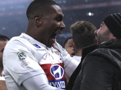 Il est loin le temps où Marcelo et les supporters se prenaient dans les bras - LyonMag.com