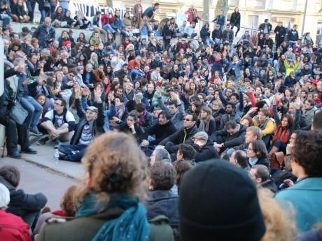 Le collectif nuit debout rassemblé en avril 2016 - LyonMag.com