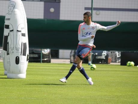 Rachid Ghezzal devrait être titulaire ce soir - LyonMag