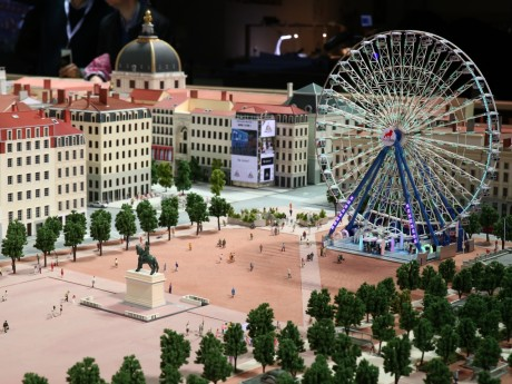 La place Bellecour miniature - LyonMag