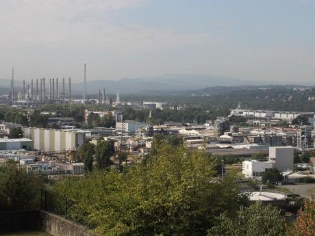 La vallée de la chimie et ses nombreux sites Seveso - LyonMag