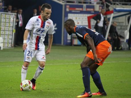 Mathieu Valbuena, ici contre Montpellier - LyonMag