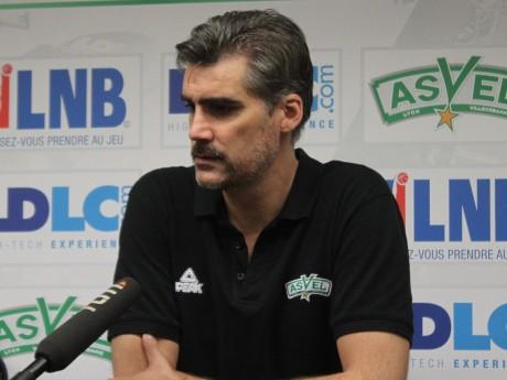 JD Jackson, troisième entraîneur de l'ère Parker - LyonMag