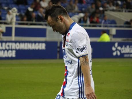 Mathieu Valbuena, buteur, aurait pu être le héros du match - LyonMag