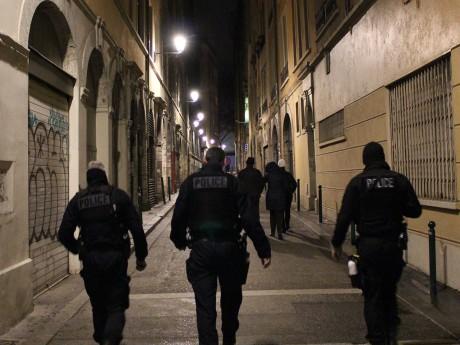 La police en patrouille dans le 1er arrondissement - LyonMag