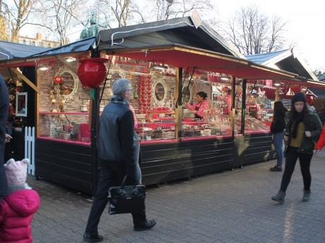 Le marché de Noël place Carnot - LyonMag