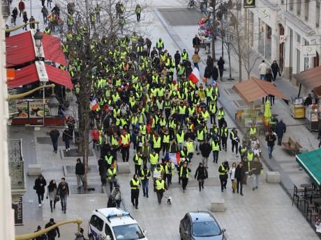 Les gilets jaunes rue de la République - LyonMag.com