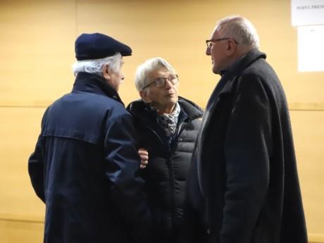 Régine Maire, au centre, lors du procès Barbarin - LyonMag