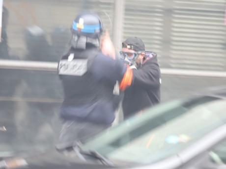 Les deux individus sont des Gilets jaunes habitués des affrontements avec les policiers lors de manifestations - LyonMag