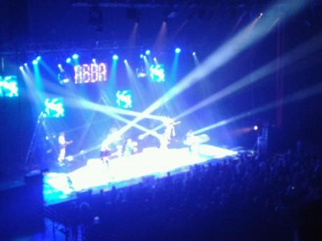 ABBA Mania a fait danser l'Amphithêatre 3000 - LyonMag