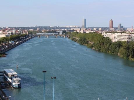 Lyon vu depuis le Rhône - LyonMag.com