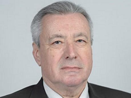 Arthur Roche - Dr Sytral