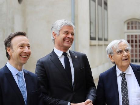 Stephane Bern, Laurent Wauquiez et Bernard Pivot devant le Musée des Tissus et des Arts Décoratifs - LyonMag