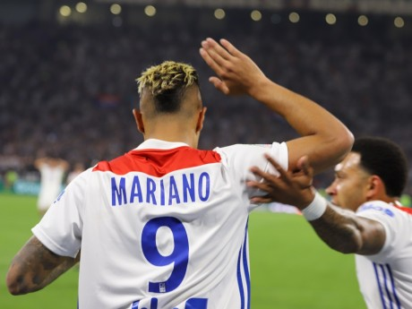 Mariano Diaz, buteur sur penalty - LyonMag