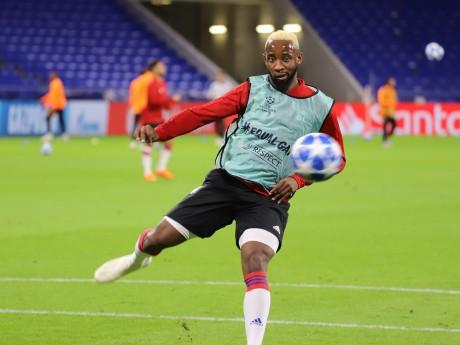 Moussa Dembélé en échauffement d'avant match - LyonMag.com