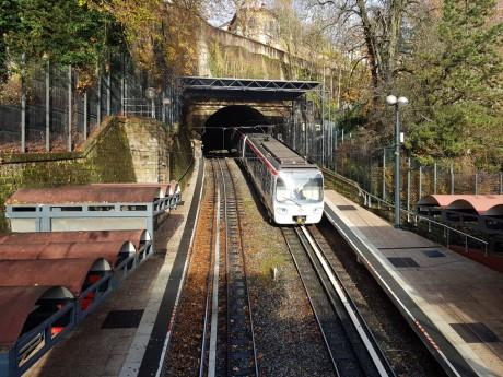 Le métro C permet notamment d'accéder à l'hôpital de la Croix-Rousse - LyonMag