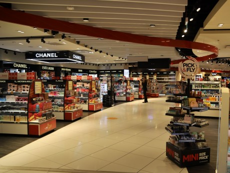Les boutiques de duty-free à l'aéroport de Lyon - LyonMag