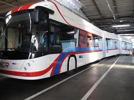 Trolleybus de 24 mètres de long - DR Hess
