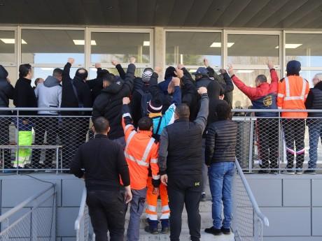 Les grévistes du dépôt de Gerland - LyonMag
