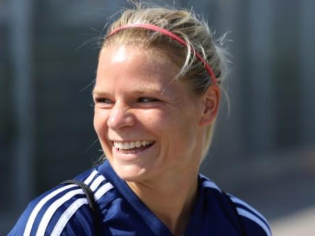 Eugénie Le Sommer a fait le deuil du Mondial raté avec les Bleues, elle a marqué ce samedi - LyonMag