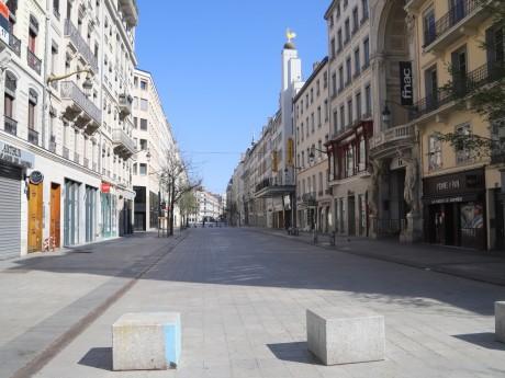 La rue de la Ré desertée - LyonMag