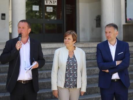 Bruno Bernard (à droite) et deux vice-présidents Cédric Van Styvendael et Béatrice Vessiller - LyonMag