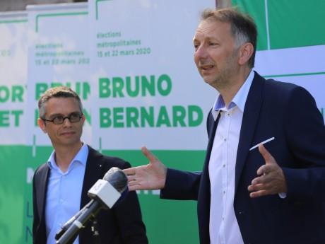 Bruno Bernard, et à sa gauche le candidat de la Gauche Unie Renaud Payre - LyonMag