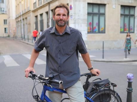 Fabien Bagnon sur son vélo volé - LyonMag