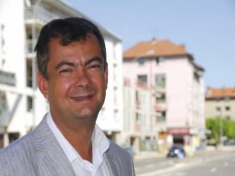 Le nouveau maire de Décines-Charpieu - DR Facebook Jérôme Sturla