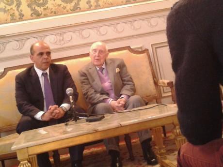 Daniel Cordier et Kader Arif dans le salon Carnot de la Préfecture du Rhône - DR LyonMag