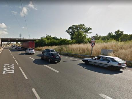 Un camion s'est renversé à hauteur de la porte de Gerland sur le périphérique à Lyon - DR