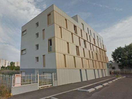 C'est dans ce foyer situé près de Lyon que s'est déroulé le drame - DR Google Street View