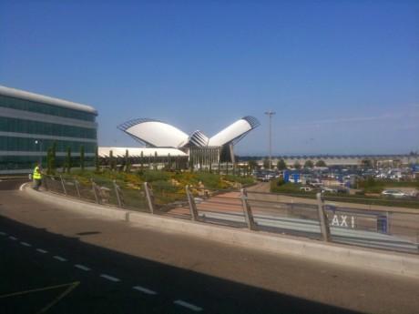 L'aéroport St Exupéry - Lyonmag.com
