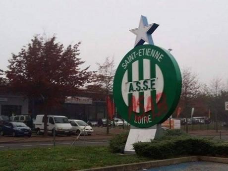 Les installations stéphanoises ont été taguées - DR En Vert et Contre Tous