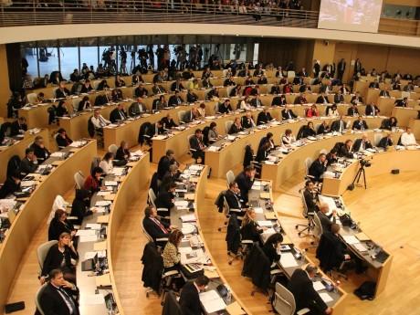 Les élus de l'Assemblée régionale réunis - LyonMag