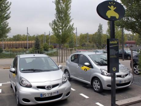Une station Autolib' à Lyon - LyonMag